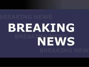Man found submerged in car off Bruce Hwy