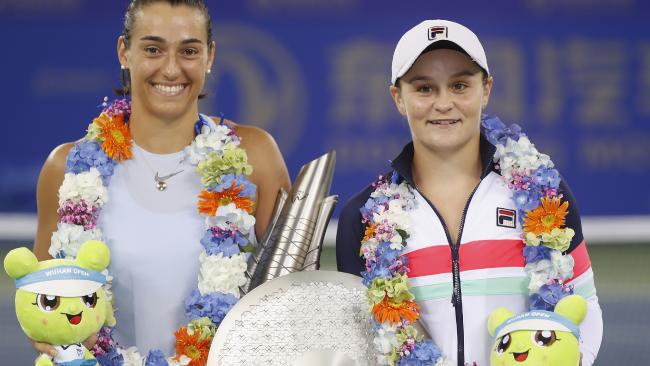 Caroline Garcia and Barty after the Women's Single Final of 2017 Wuhan Open. Pic: Getty Images
