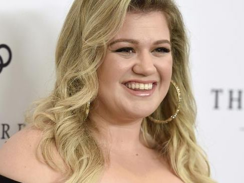 Kelly Clarkson wanted to kill herself at her 'skinniest'