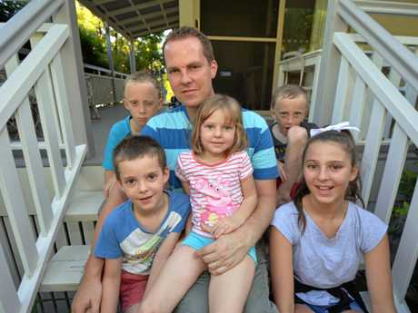 David Beal is looking after five of his six kids, while his wife Jennifer is in Brisbane with their youngest daughter, Avery while she undergoes treatment for leukaemia. He is pictured with his kids, (front left to right) James, Sienna and Eleanor. At the back Thomas (left) and Daniel (right).   Photo Kristy Muir / Sunshine Coast Daily