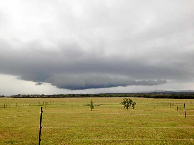 A storm brews over the Lockyer Valley. Photo Ali Kuchel / Gatton Star