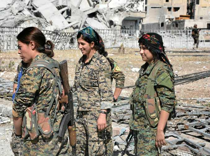 Female fighters from the Syrian Democratic Forces have played a part in the rout and flight of Islamic State fighters in Raqqa.