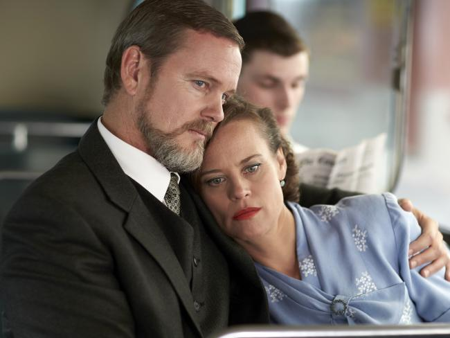The Doctor Blake Mysteries — Craig McLachlan as Dr Lucien Blake pictured with Jean (Nadine Garner).