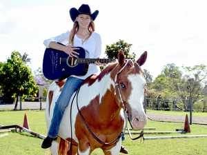 Country singer to help Maryborough horse riding champion