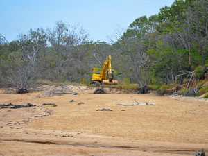 Beach blitz to clear tiny plastics in Wild Cattle Creek