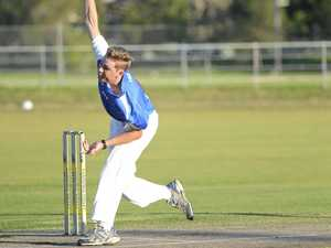 Bultitude carries bat to win under lights