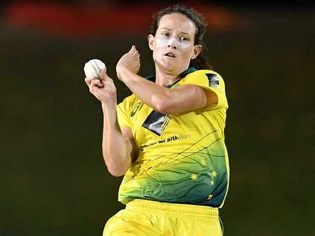 Megan Schutt took 4/26 for Australia.