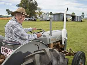 Farmer reminisces about old machinery at expo
