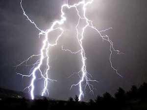 Lightning strike: Mackay region teen rushed to hospital