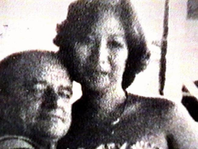 Edward Cavanagh and wife Carmelita Lee were murdered by Lindsay Rose.