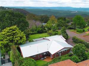 Stunning Mt Lofty home has crazy beautiful views of valley