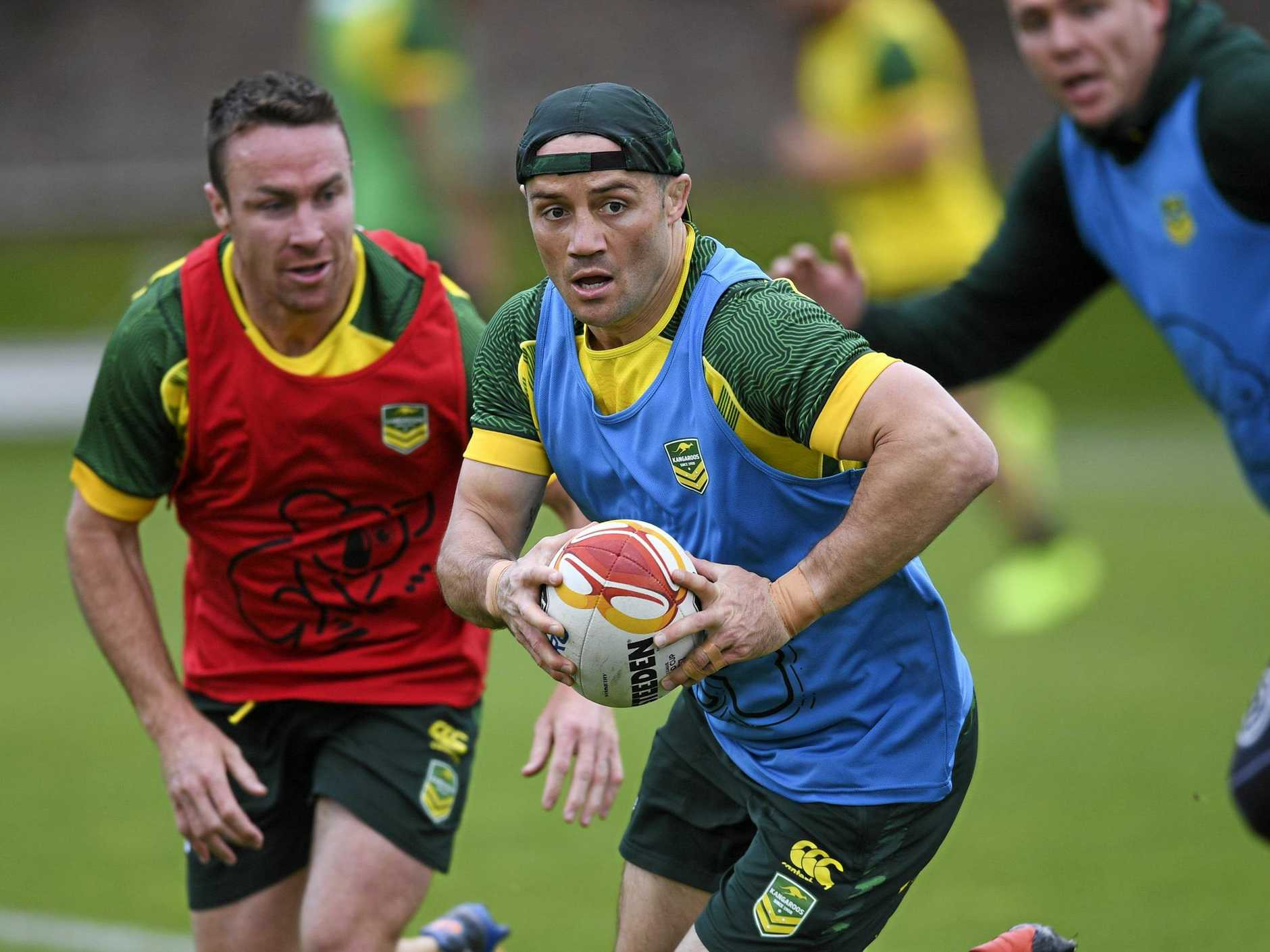 Cooper Cronk of the Kangaroos in action during a training session at the Australian Institute of Sport in Canberra, Tuesday, October 31, 2017. (AAP Image/Lukas Coch) NO ARCHIVING, EDITORIAL USE ONLY