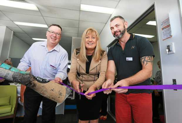 Richmond MPJustine Elliot with Peter Smales  and Mark Eather  cut the ribbon on the new Social Futures and NDIA South East Queensland Office.