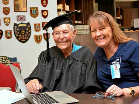 Centenarian Frank Birkin with helper Joanne Simkus at the Ace Community Colleges Tech Savvy Seniors computer course graduation at Twin Towns.