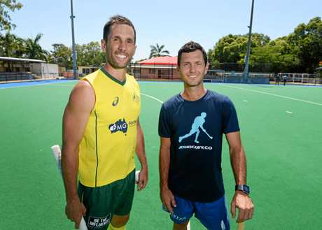 Mark Knowles continues to run his hockey clinics with Jamie Dwyer.