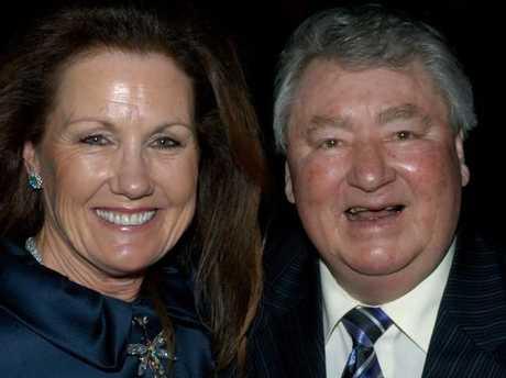 VRC chairman Amanda Elliot and legendary Melbourne Cup-winning Jockey Roy Higgins.