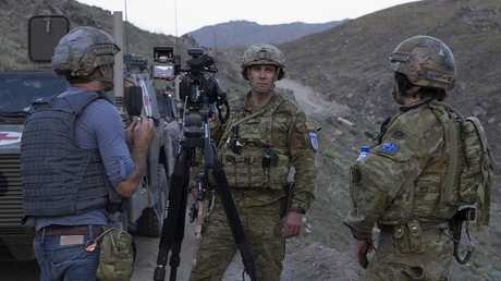 Australian Army soldiers from Force Protection Element-7 provide security for Task Group Afghanistan trainers and mentors.
