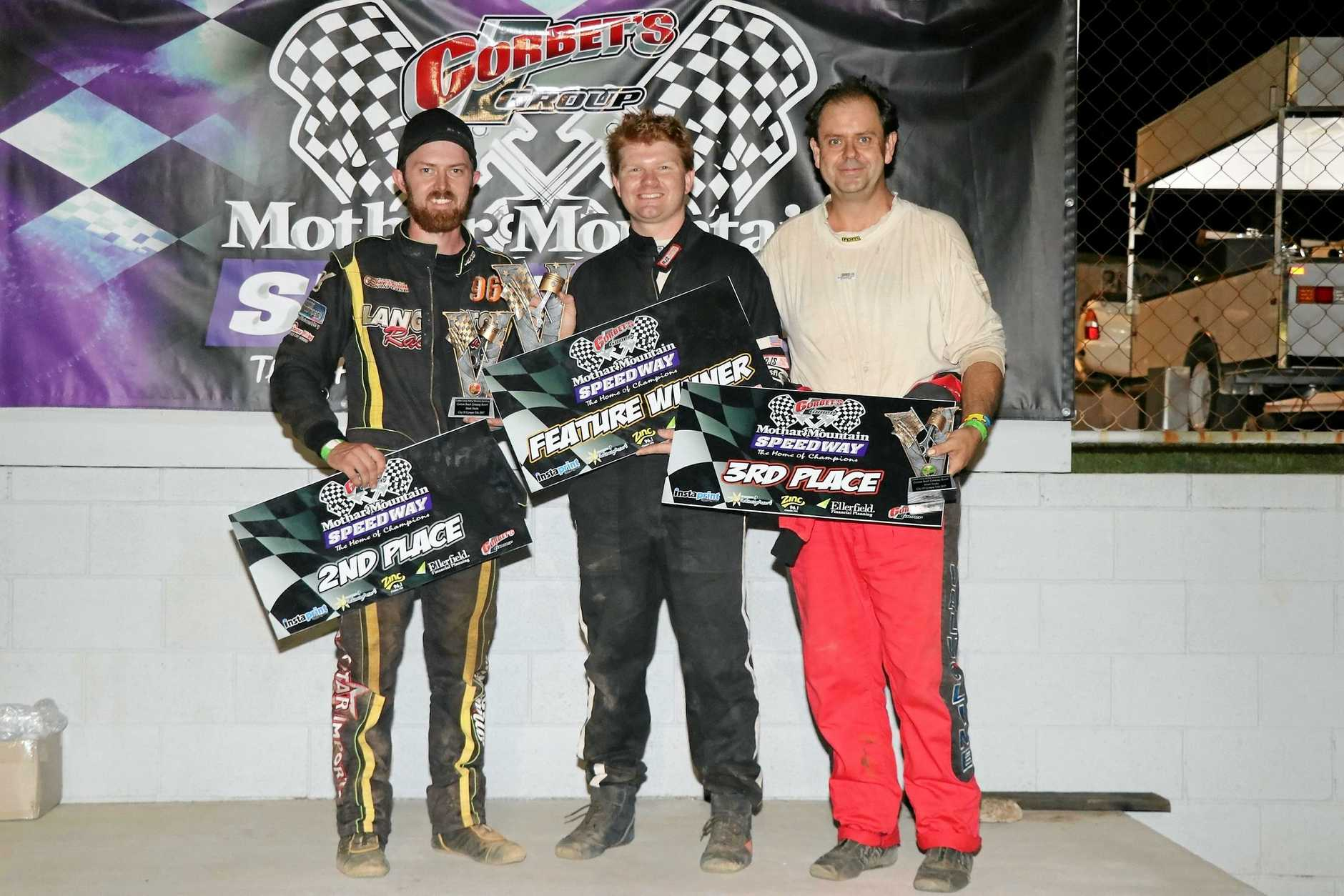 Coolum Beach Getaway Resort City of Gympie Street Stock Title winner Ryan Kahler (centre) with Ben Langton (left, second), and Peter Thompson (third).