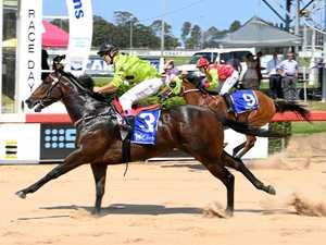 Mad dash pays dividends for jockey at race day