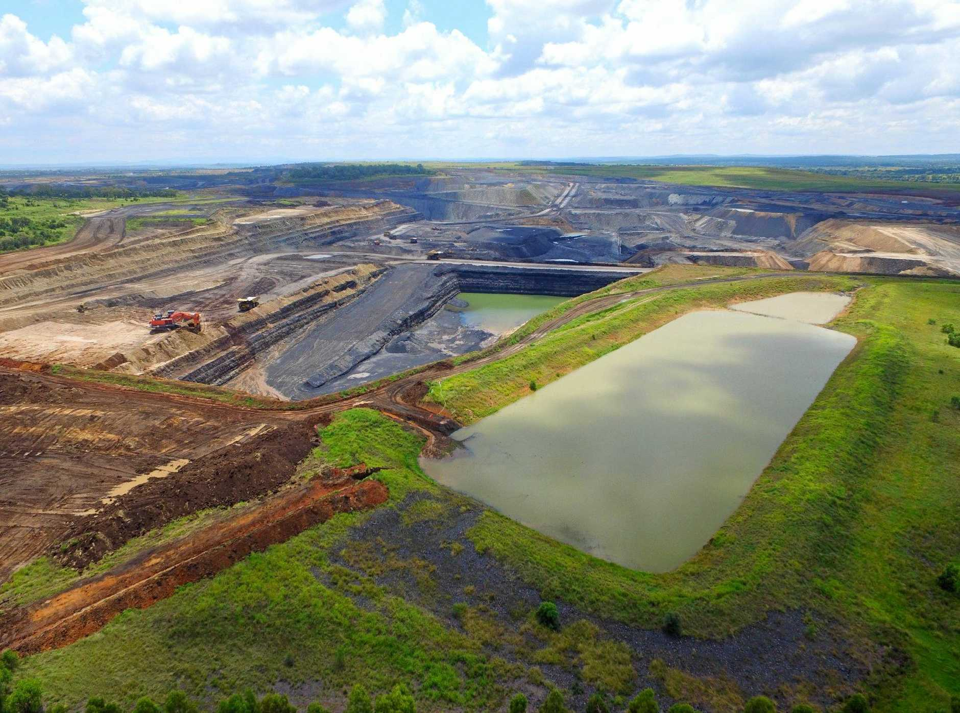 New Hope has released a report detailing the economic cost if New Acland mine is not expanded.