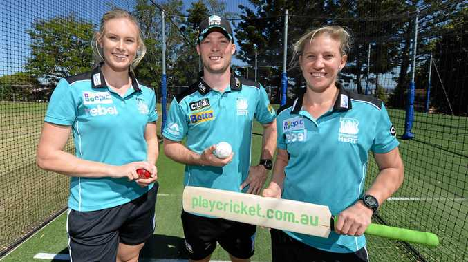 HEATING UP: Holly Ferling, Jimmy Peirson and Delissa Kimmince from the Brisbane Heat. Ferling and Kimmince will line-up for the Brisbane Heat in the Women's Big Bash League this season.
