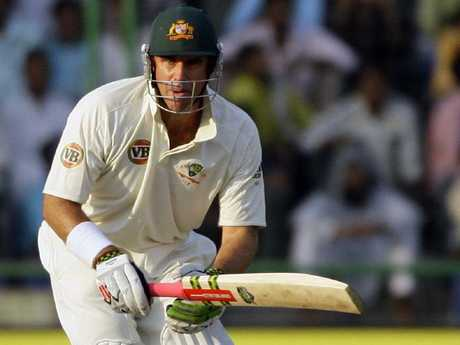 Hayden says fellow opener Renshaw must play in the first Test.