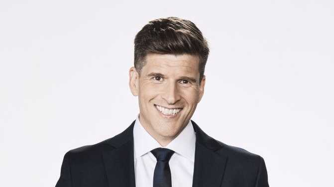 Osher Gunsberg will host Bachelor in Paradise.