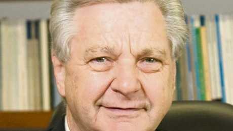 No.8 Emeritus Professor Paul Thomas
