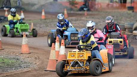 Fraser Coast Lawn Mower Racing Club - Bronson Andrews leads this group in the All In C,D and E Grade race.