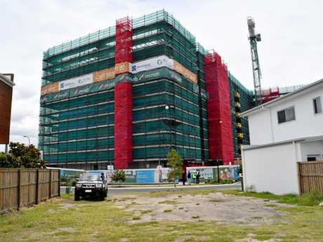 Construction at the Birtinya Retirement Village has reached the eighth storey