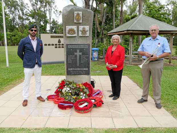 Aaron Barton, Cr Jan Clifford and Mike Leyland at the Cannonvale cenotaph on Saturday