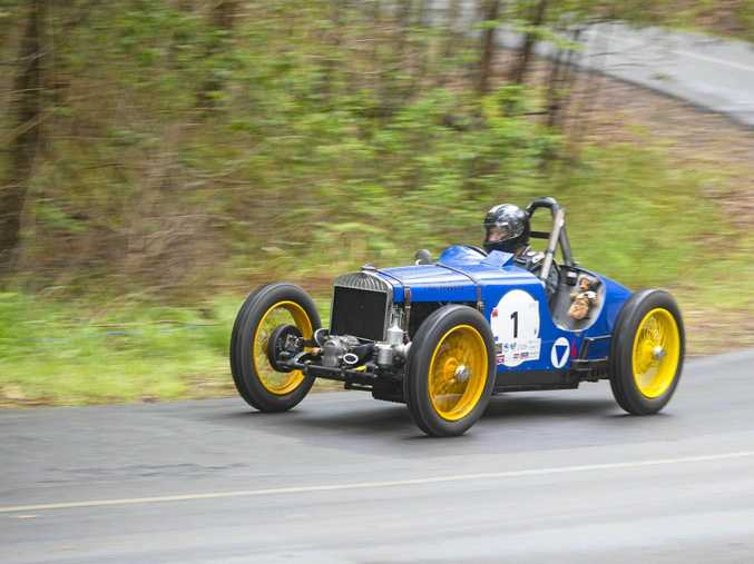John Anderson's 1938 Triumph Wolseley Woltri was one of three pre-war racers to take on the hill climb Noosa last weekend.