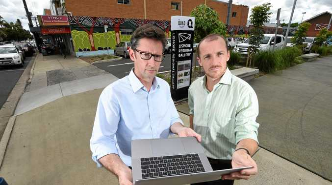 CONNECTED: Shadow Minster for Regional Communications Stephen Jones in Lismore with Lismore Mayor Isaac Smith to discuss the NBN.
