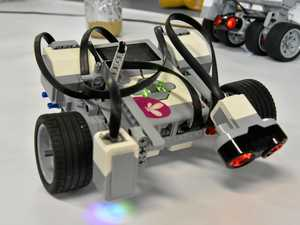 Gladstone students ready for robot wars
