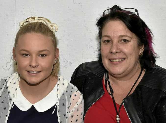 Zoe (left) and Trena Sloss have a great time.