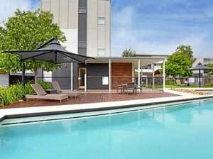 Live the life of a beachcomber