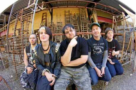 Northern Rivers electronic music band Tralala Blip.
