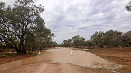Kelvin Baillie: Good run in the creek this morning. Corona Stn , Longreach. Shared to Who Got the Rain? Facebook page on November 10.