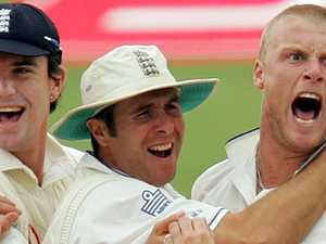England great takes the mickey out of Aussie keeper