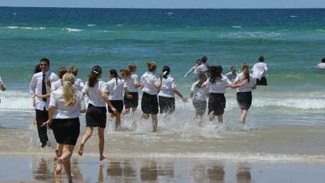 Burleigh Heads Beach, students of Somerset College. Picture Mike Batterham