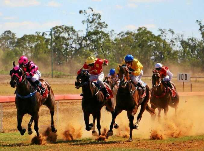 An LNP election commitment to Queensland country racing has been welcomed.