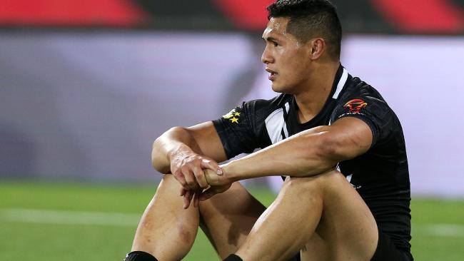 Roger Tuivasa-Sheck looks on in shock after New Zealand's loss.
