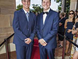 Kingscliff High Formal 15.11.17 - Caleb Cain, Thomas