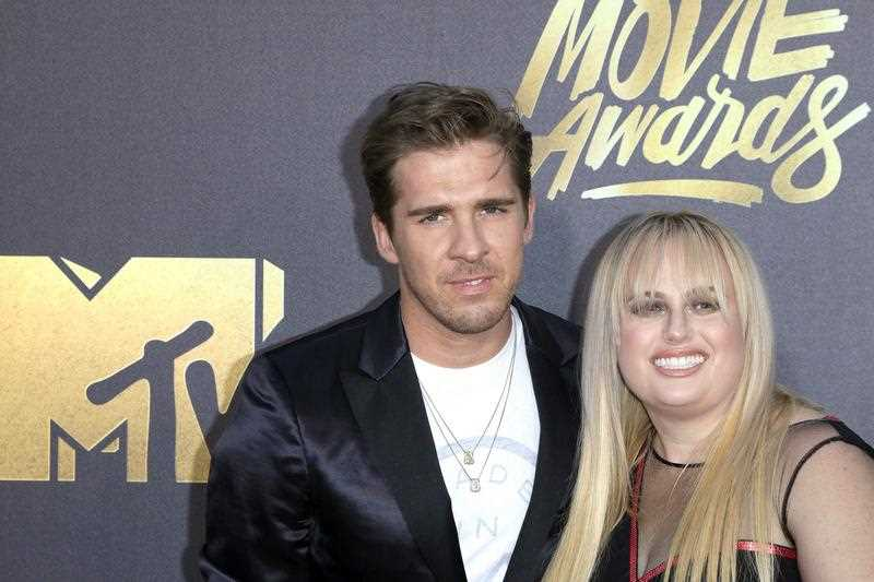Australian actors Hugh Sheridan (L) and Rebel Wilson (R) arrive for the 2016 MTV Movie Awards at the Warner Brothers Studios in Burbank, California, USA, late 09 April 2016. The movies are nominated by producers and executives from MTV and the winners are chosen online by the general public.