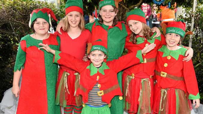 Howard Christmas Party - Santa's Li'l Elves (L) Jaylyn O'Neill, Maddison Lyness, Libby Bellert, Caitlyn Lyness and Willow Robinson-Matthews with Daniel Bellert.