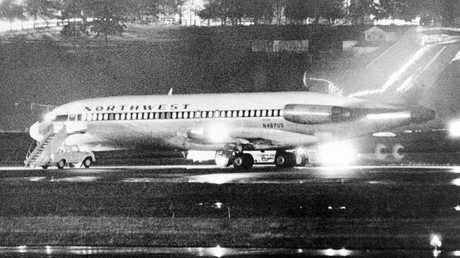 The hijacked Boeing 727 at Seattle-Tacoma Airport. Picture: Seattle Times/Bruce McKim