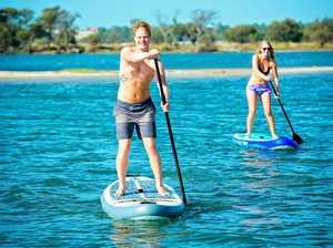 Free SUP trials in Goondiwindi Botanic Gardens lake