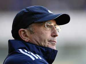 Sacked Pulis joins the out-of-work EPL managers