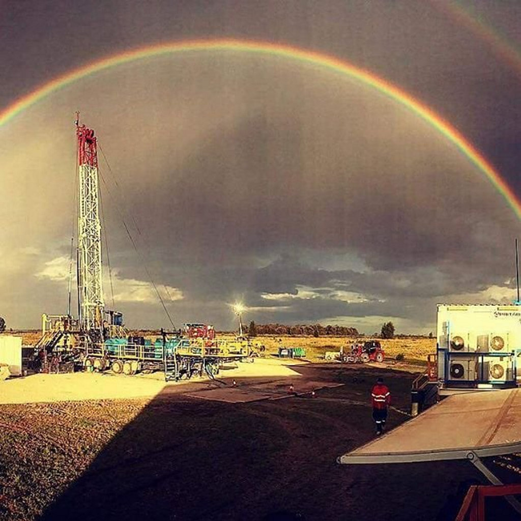 Photo by Tommy Robinson Surat Basin. Rig 8 #SnapToowoomba