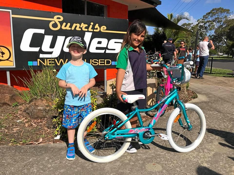 4-year-old Justin Beddoes didn't want Harlym Parkinson to miss out on playing with her sister and friends so close to Christmas, so with the help of his family and the community they managed to donate two bikes for Harlym and her older sister Malia.